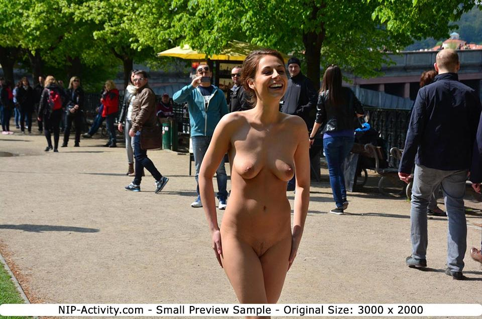 NIP-Activity Model in antoniaSeries 1: 65 New Pics and 1 Video Clip