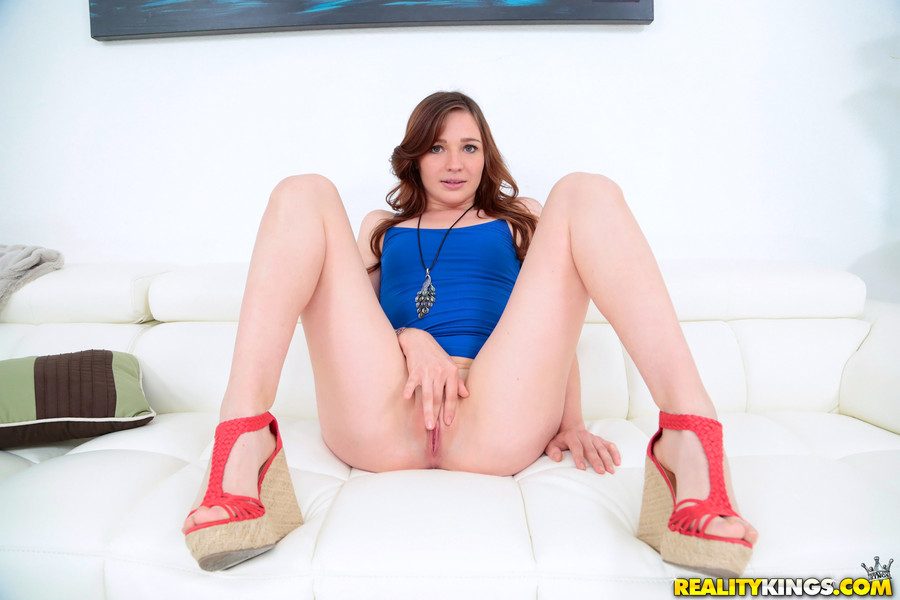 gallery with emma ryder #6