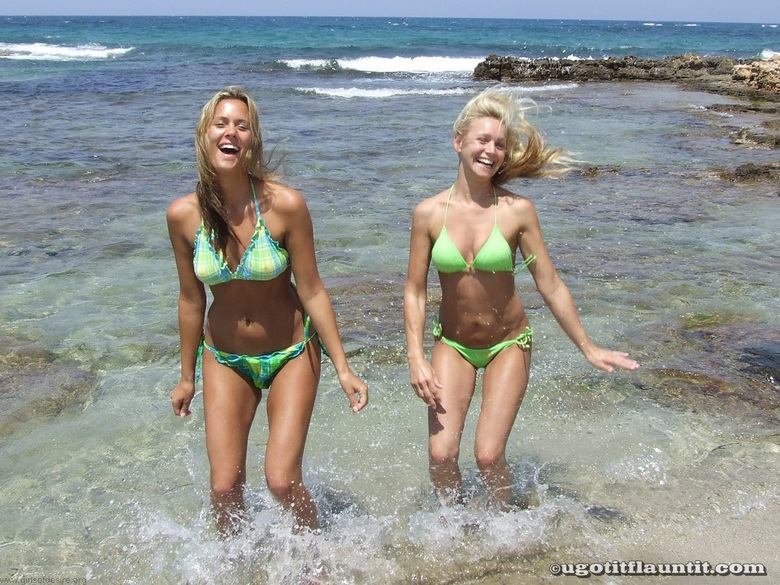 hand in hand tits flashing on the beach #10