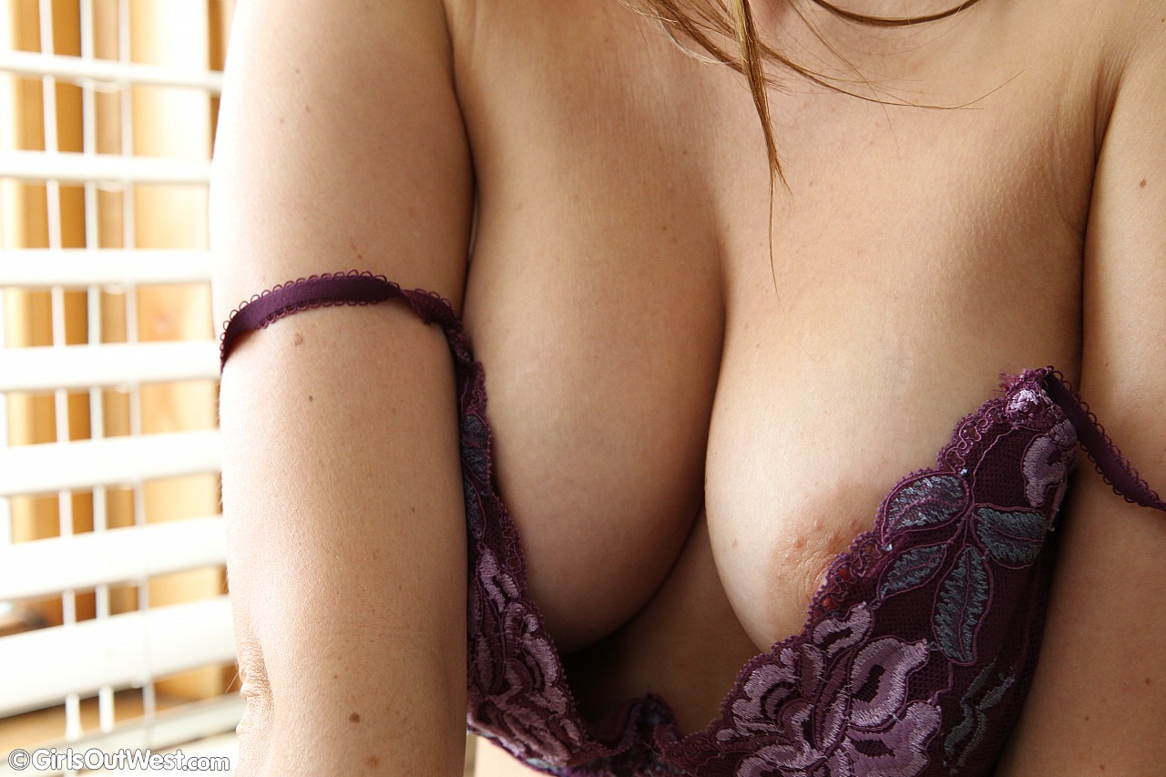 busty australian girl flaunting her naked body in the kittchen #2