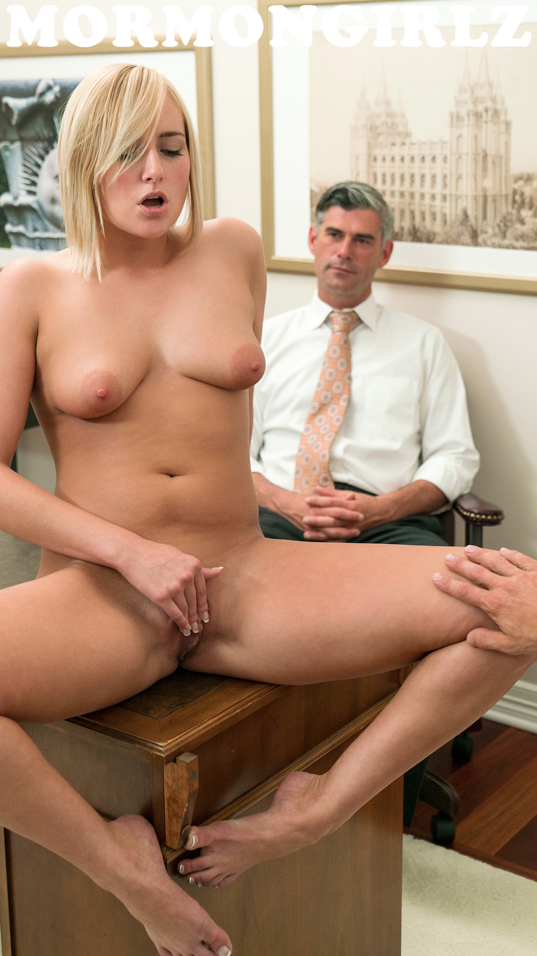 pearl gets her tiny virgin mumu examined by father ludacris #1