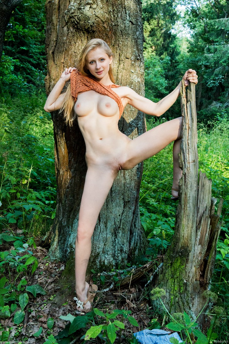 shy tall blonde beauty flashing tits and slit in the forrest #6