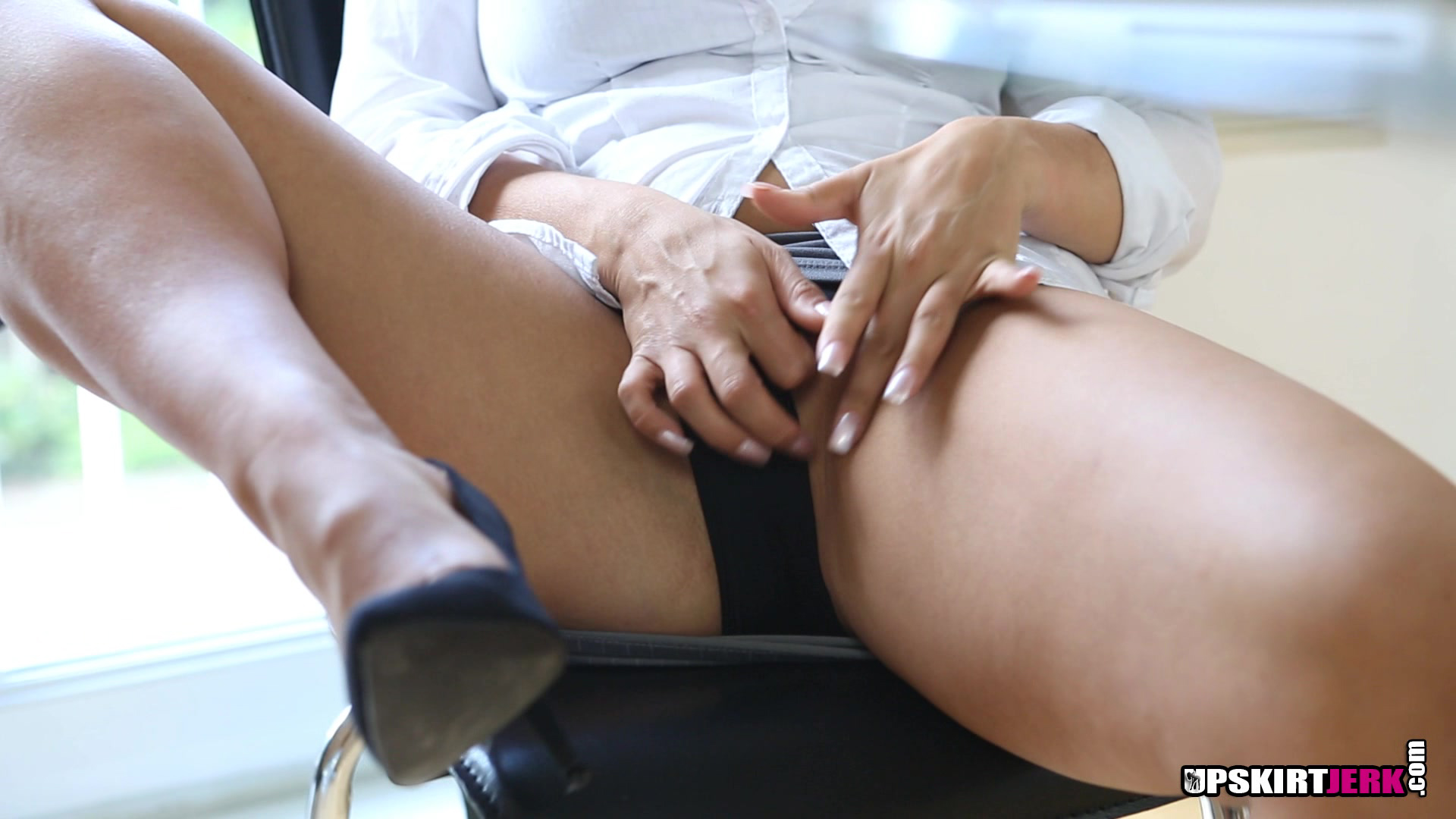 Rotten secretary teasing her british samantha pantyless to her boss #8