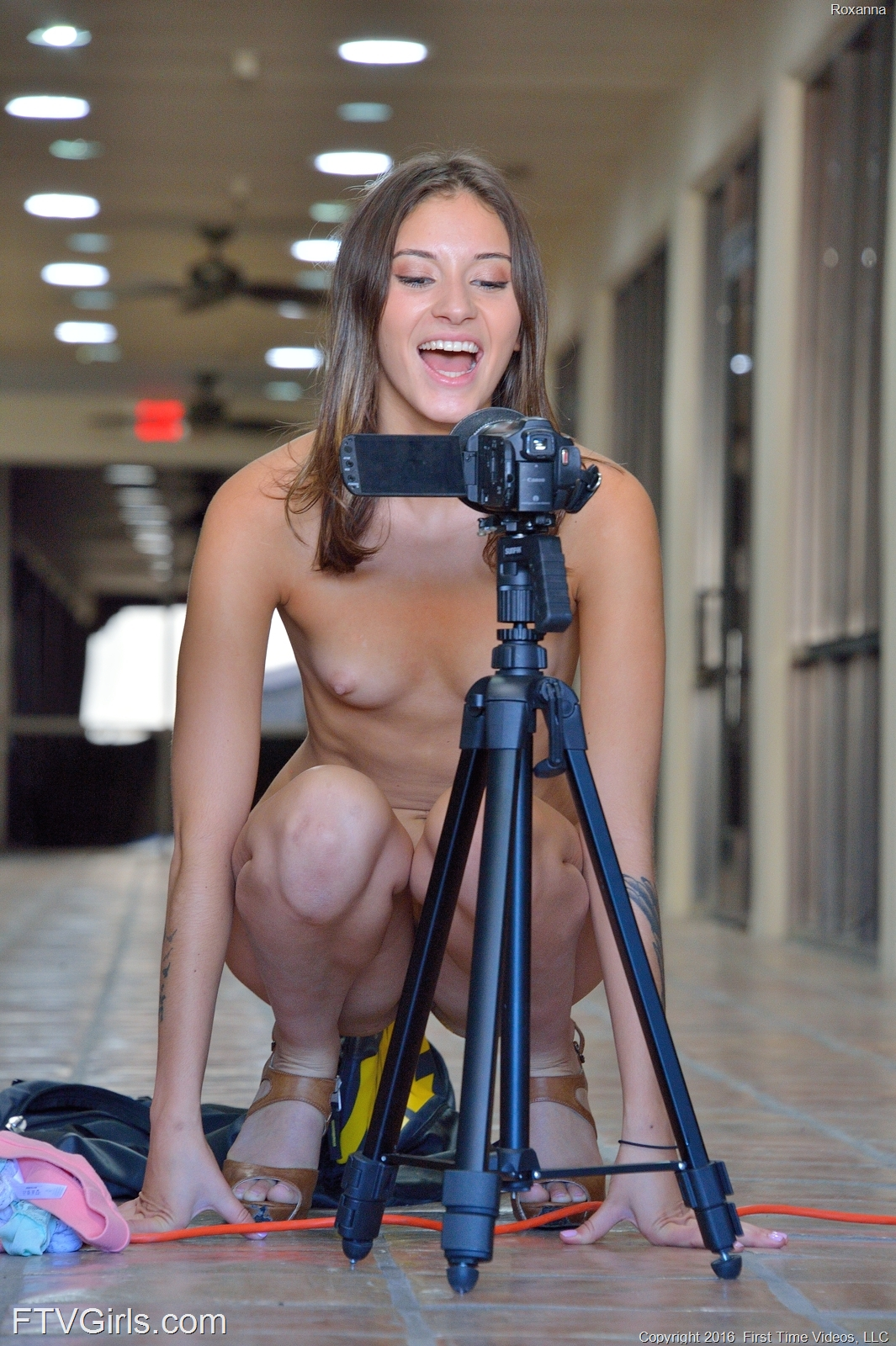 upskirt lift with roxanna ftvgirls #8