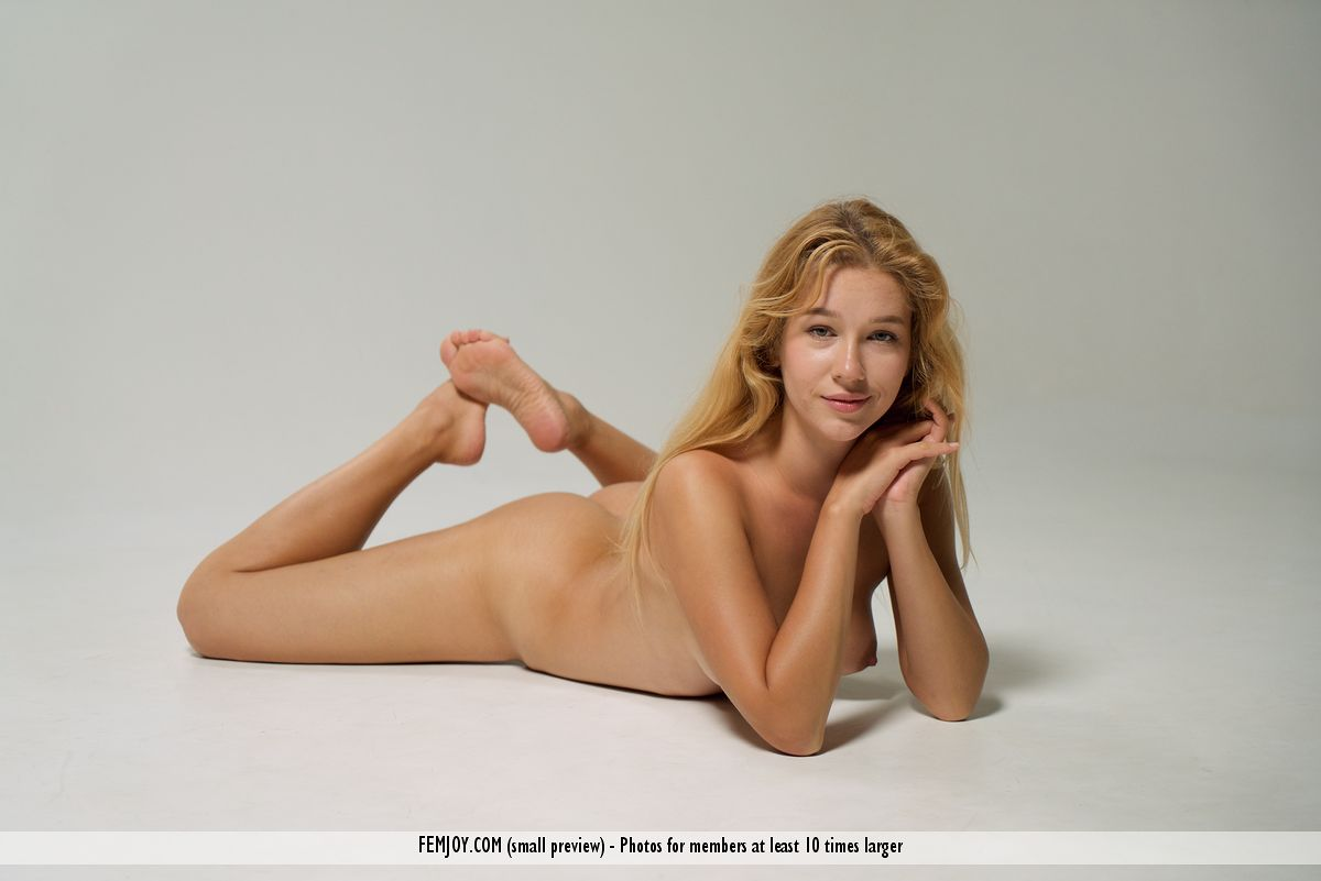 femjoy jana from femjoy crys out for instant satisfaction #11