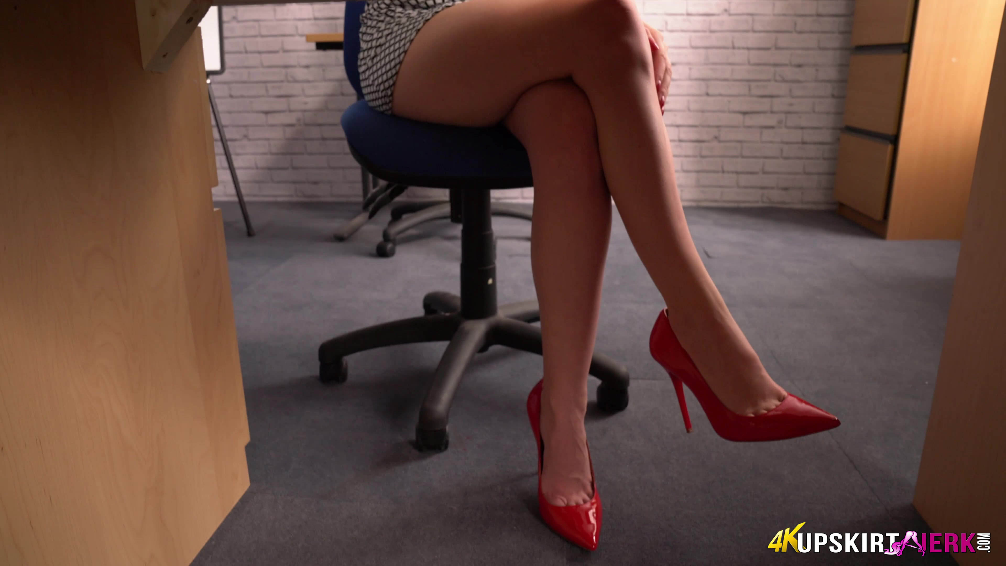 Upskirt jerk – boss you are starring at my panties, dont you notice ? #6