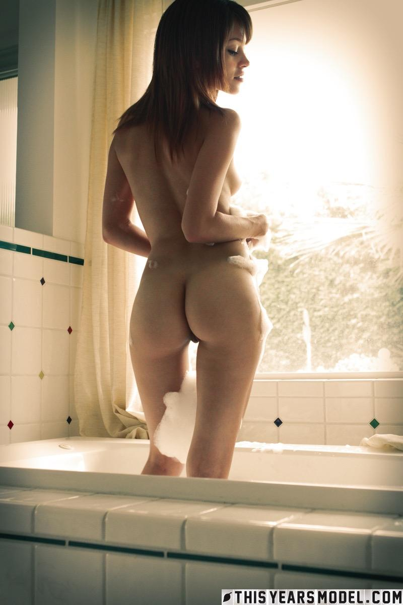 brown haired amazone taking a bubble bath #8