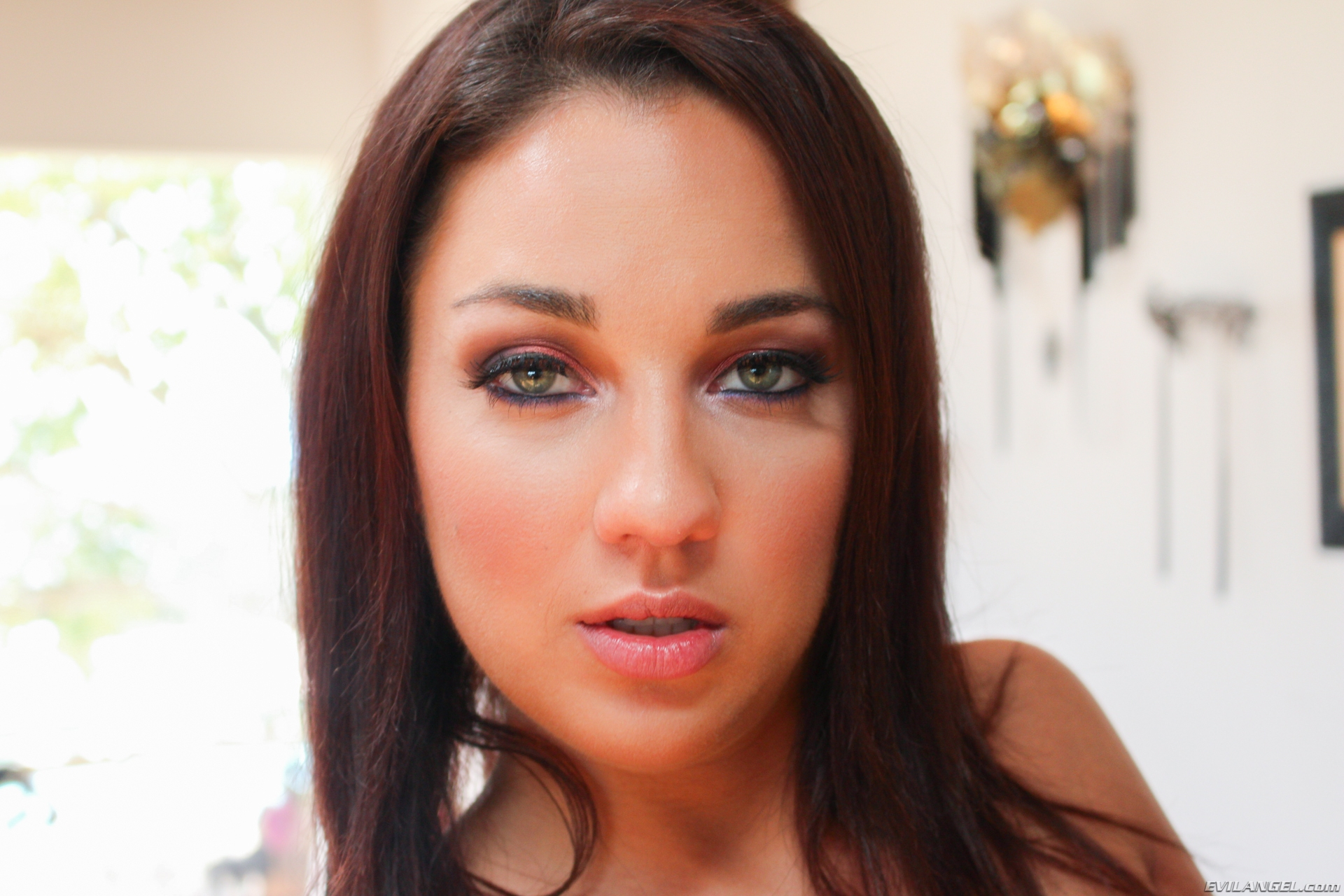 Amara Romani is facesitting John Stagliano for evilangel this week #1