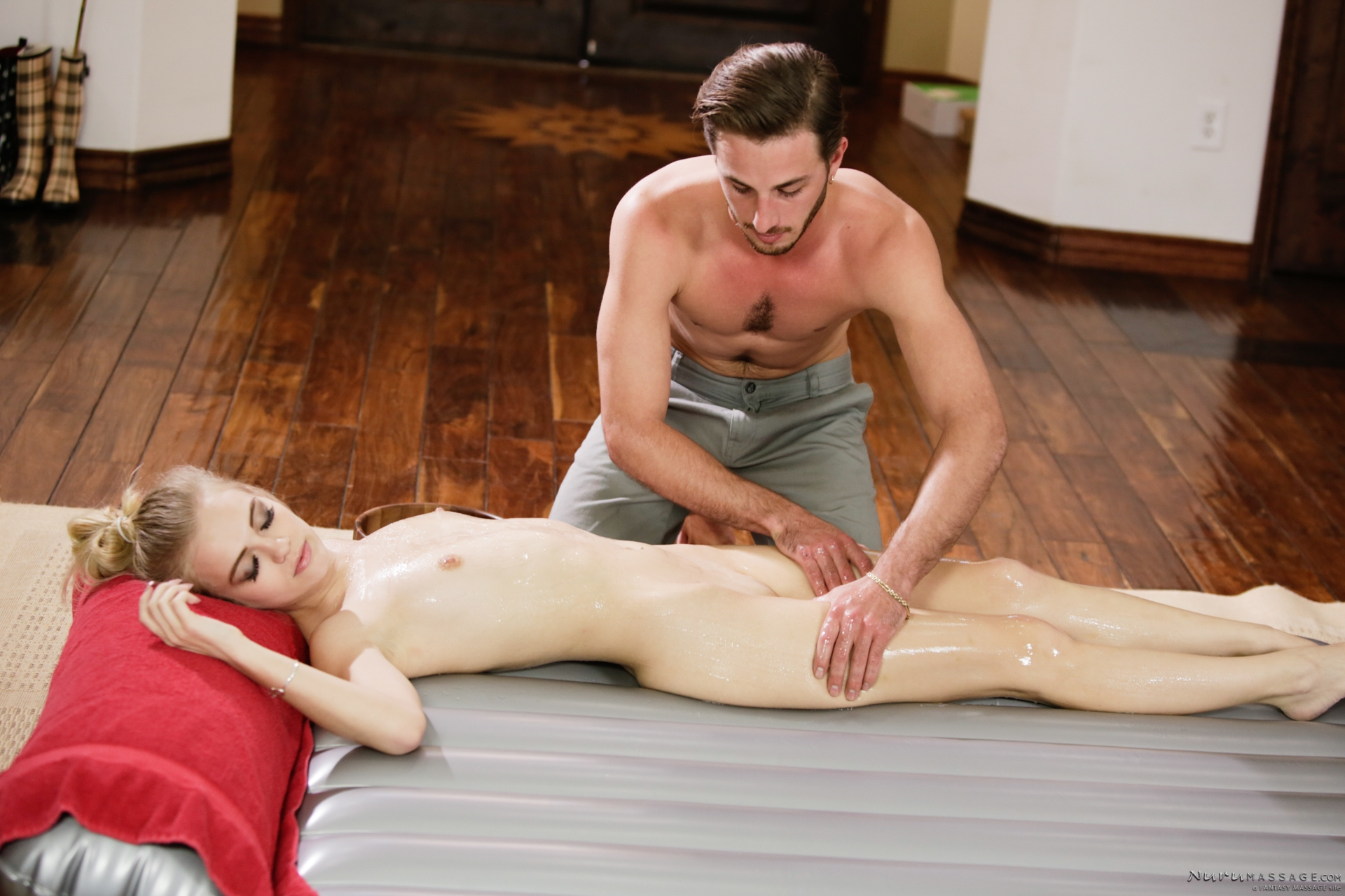 slender petite Alex Grey gets penetrated by overboarding massage therapist #6
