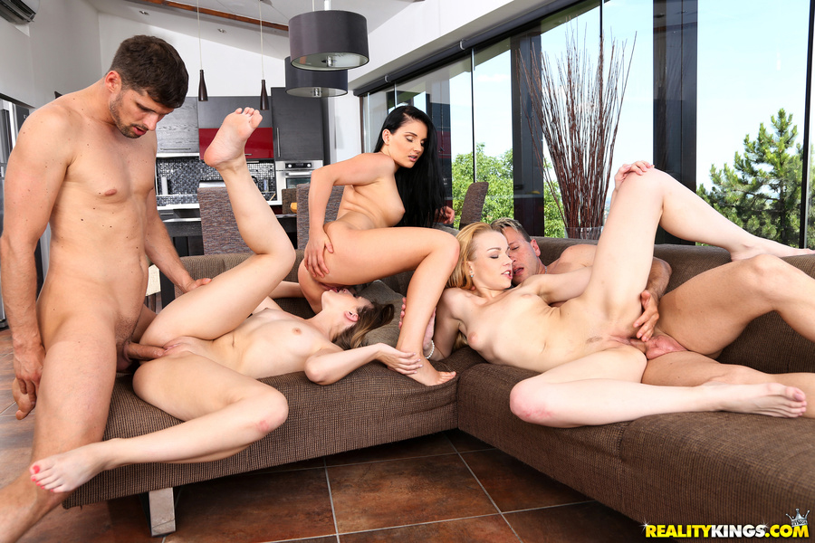 budapest escort orgy for stressed out euro managers #3
