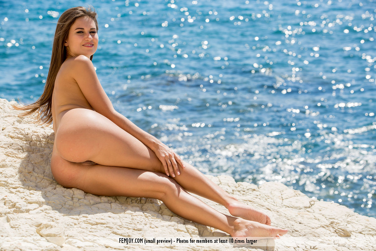 nudity beach pleasures with femjoy model edessa #11