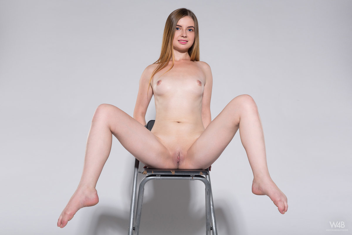 russian girlfriend crystal performs awesome het her first foto casting #12