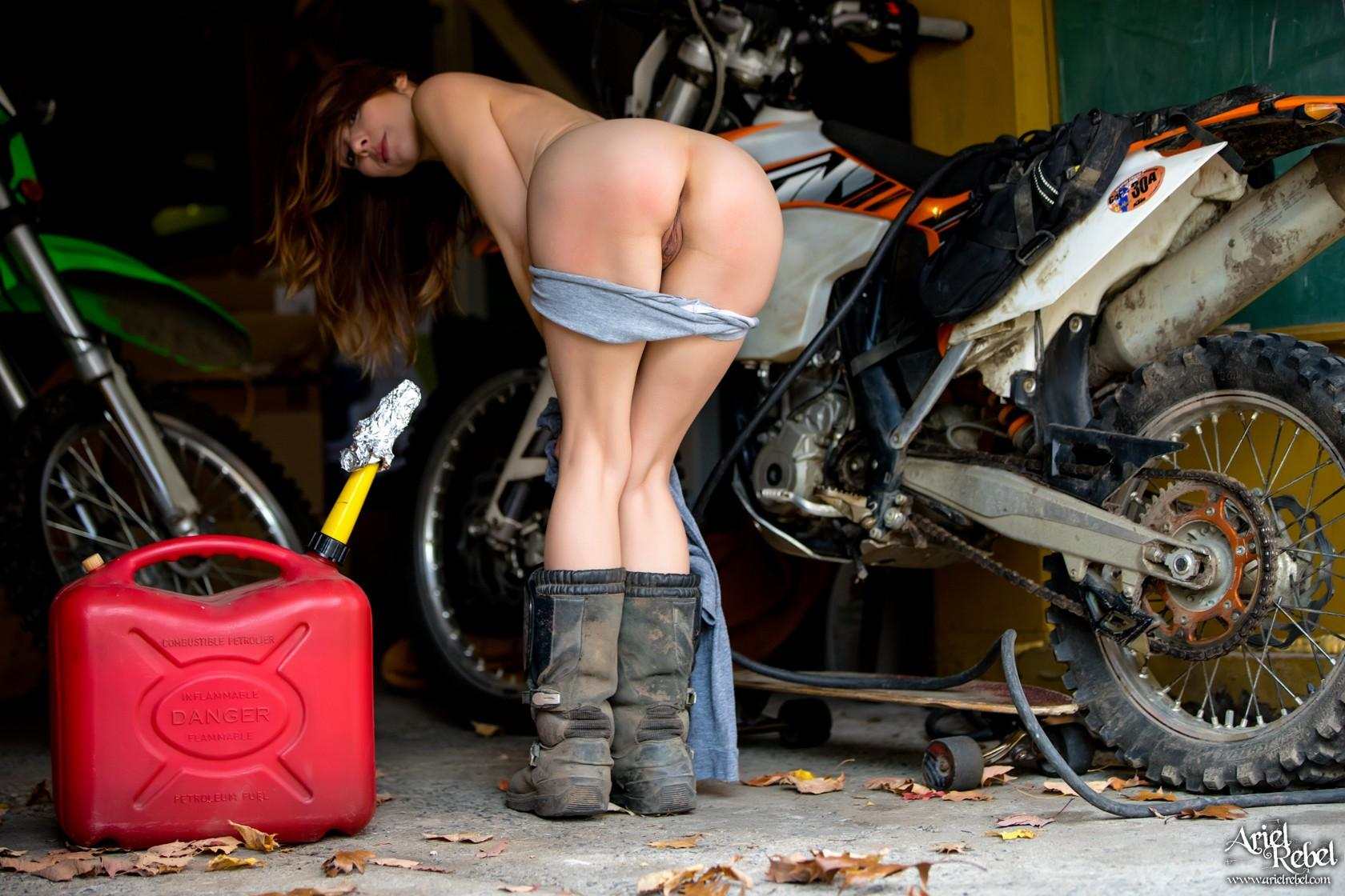 sexy ariel gets kinky while shes waiting for the motorcycle repair man #12