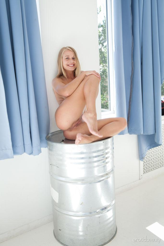 pantyless upskirt joy with blonde cute russian beauty #6
