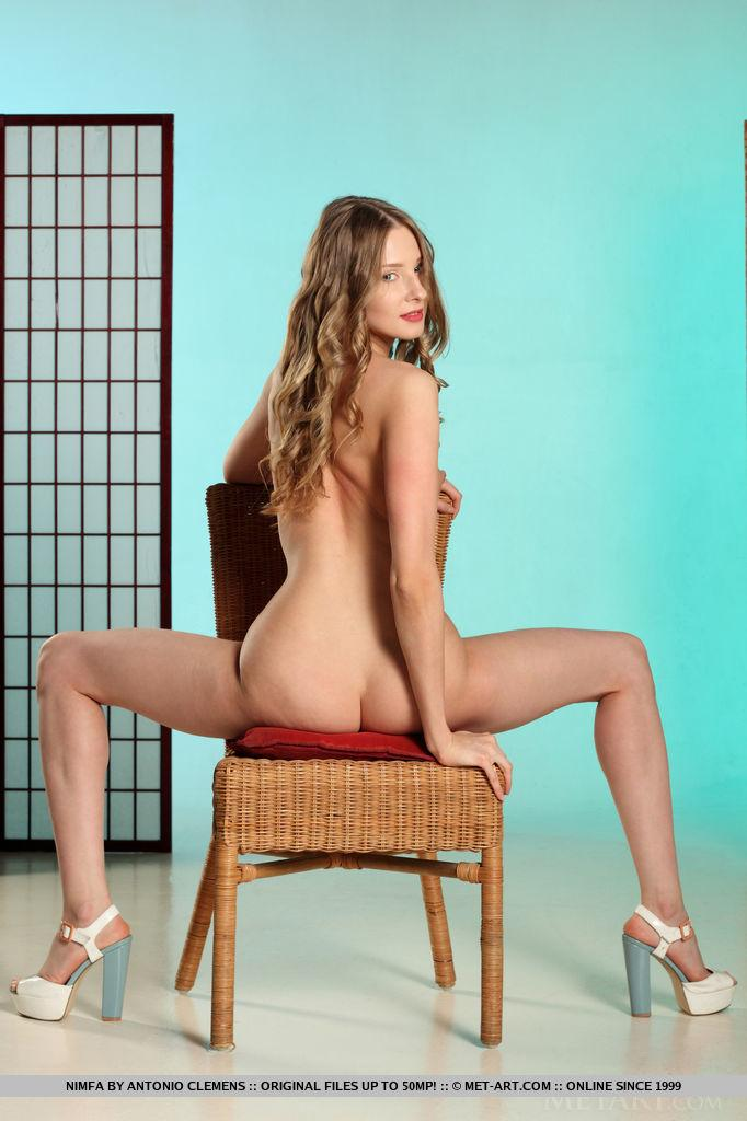 skinny chick without panties flaunting her legs and lsit #8