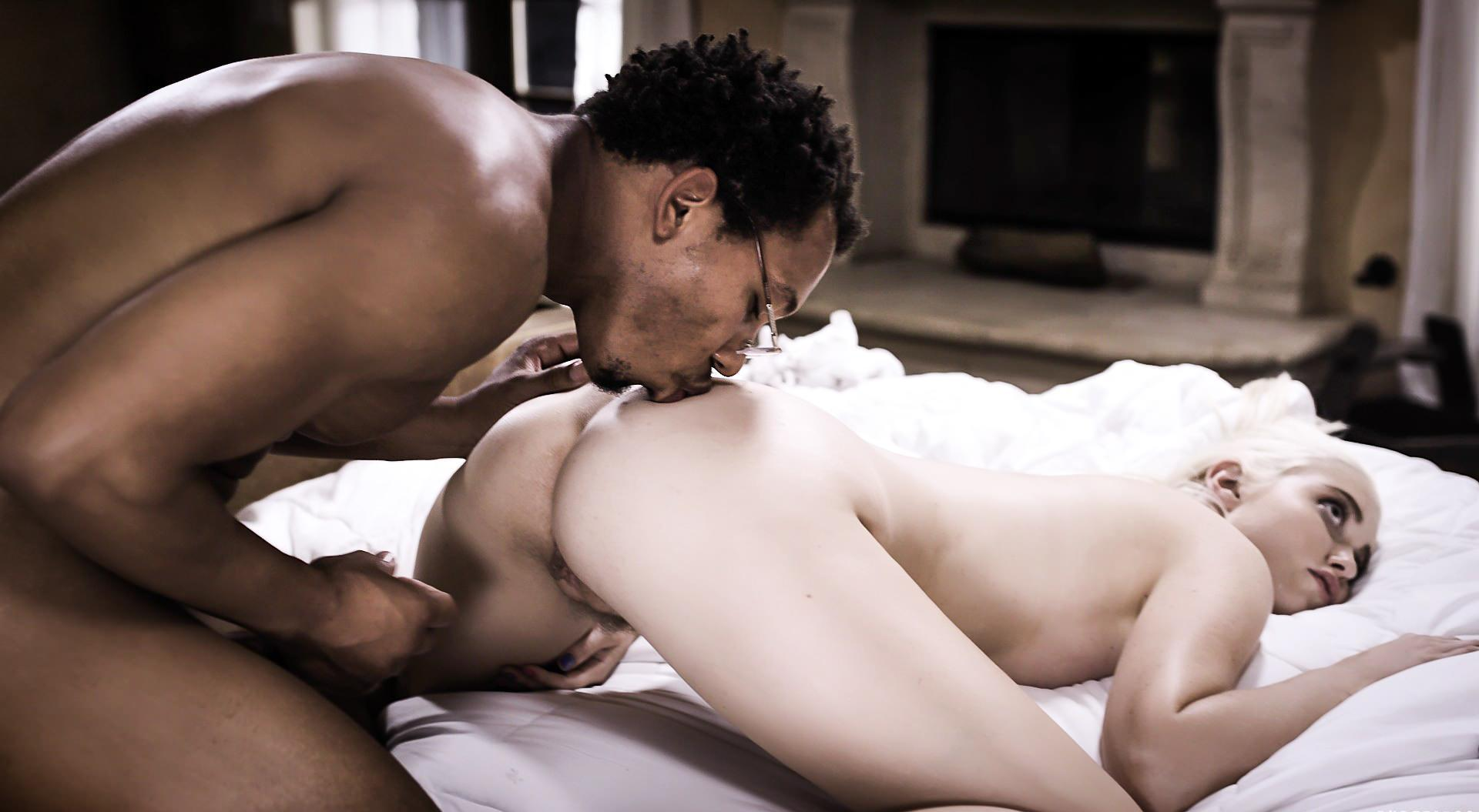 Chloe Cherry made the black tutor eat her vagina picture 7