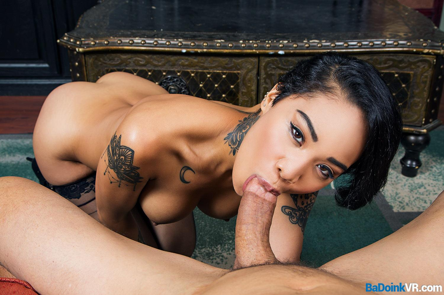 honeymoon destroyed with asian doll Honey Gold picture 3