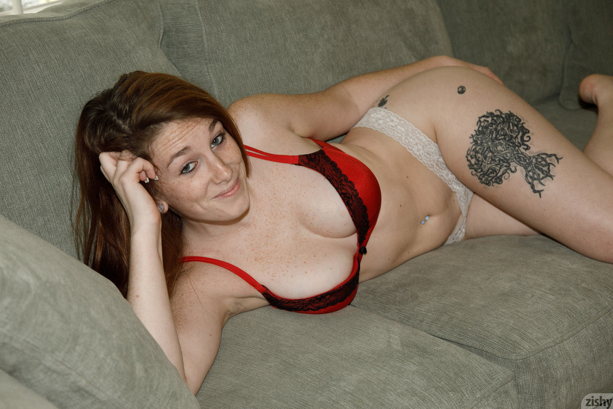 pretty geek with a fantastic young body flashing #3