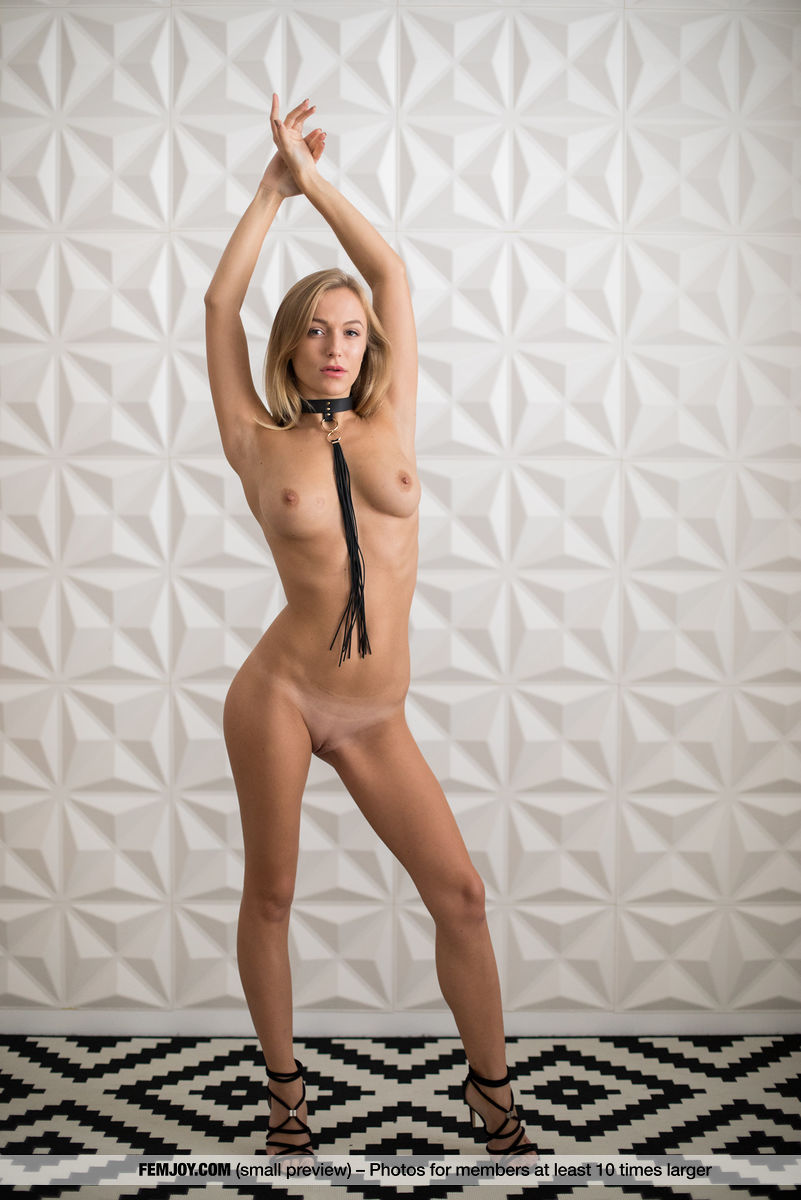 bad girl naked with a cravat #3