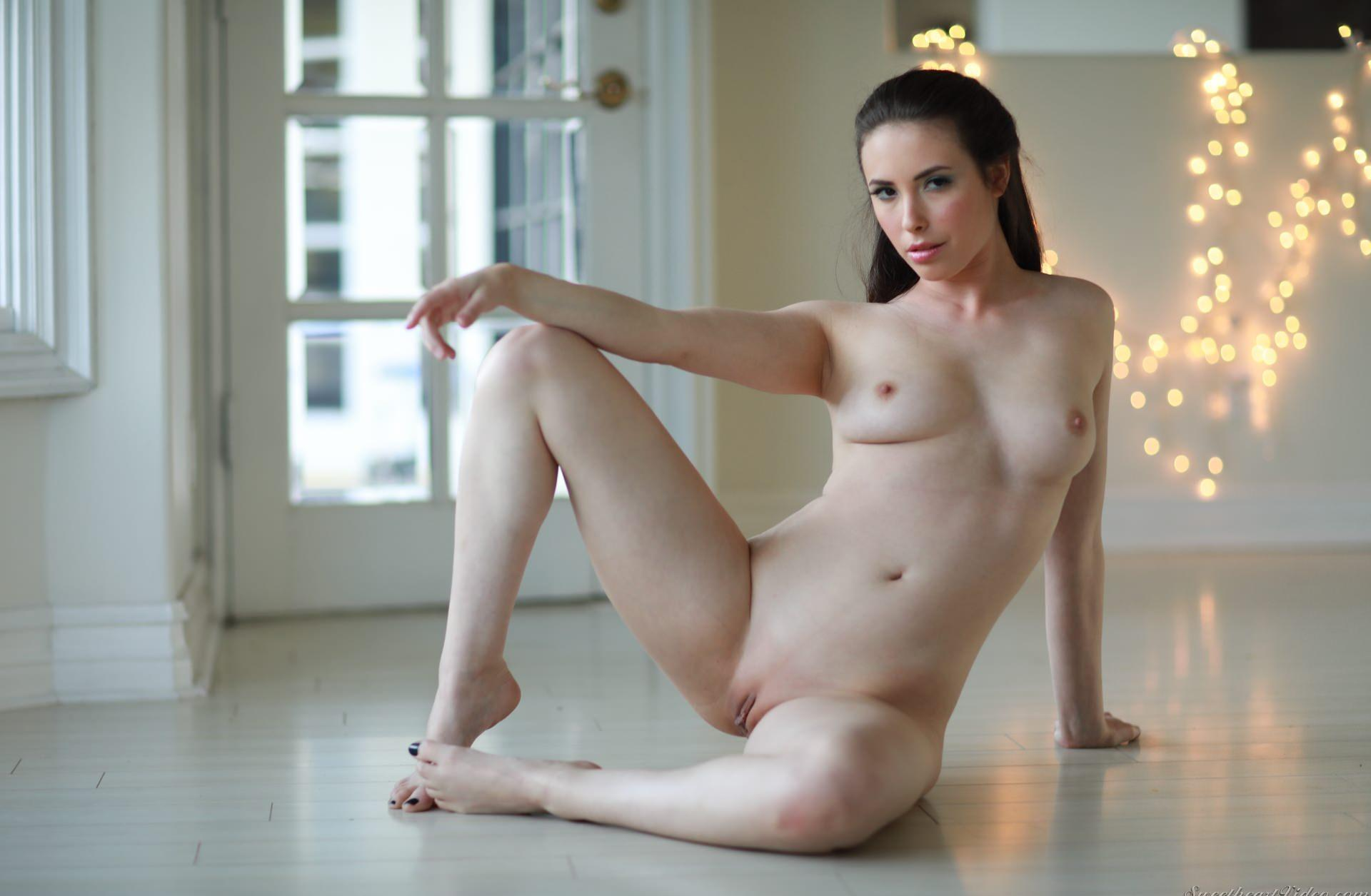 over the top orgasm with geeky nude casey calvert picture 2