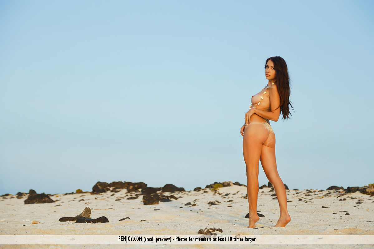 cosy beach babe in this new femjoy galleriy ( long dark hair) #3
