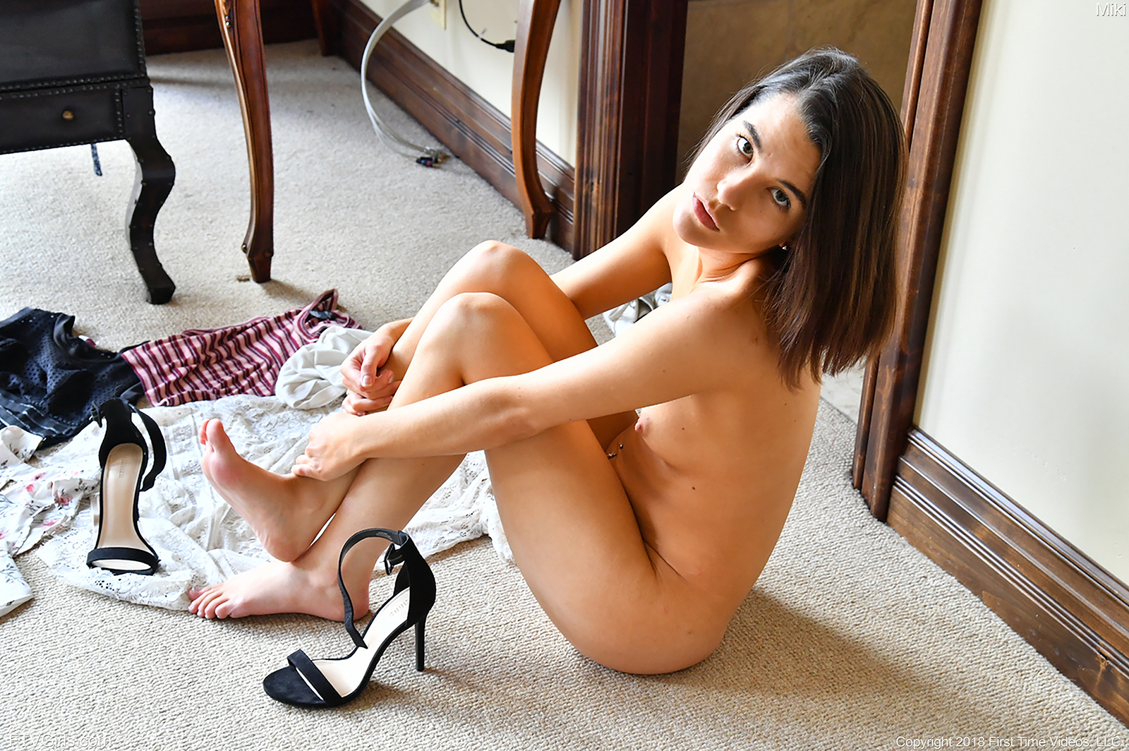 beautiful brunette needs big toys to get satisfied on her own #11