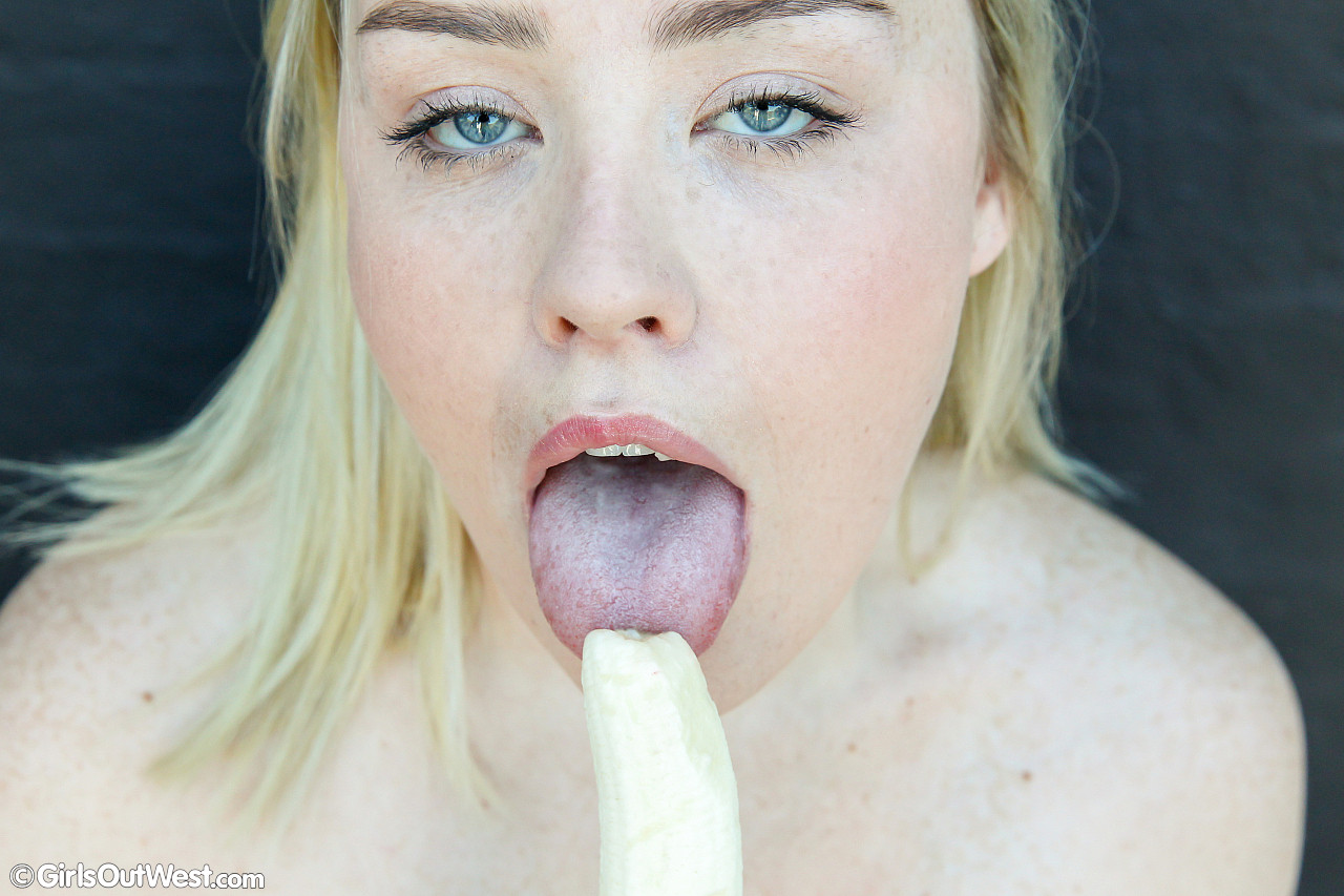sloppy blonde aussie chick with cute puppyfat exposing her big tasty labia #7