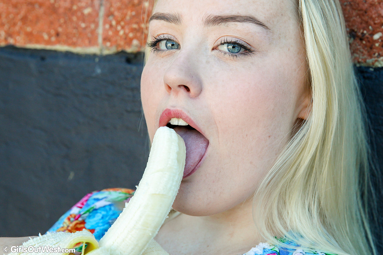sloppy blonde aussie chick with cute puppyfat exposing her big tasty labia #1