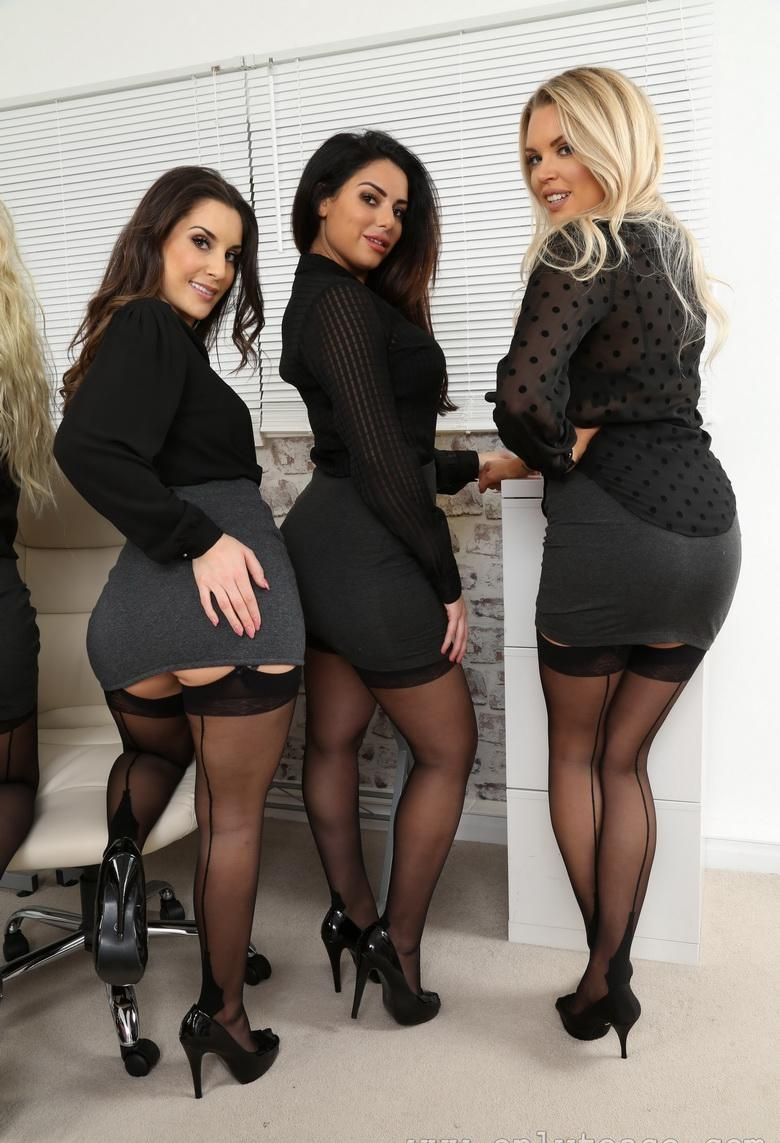 awesome group shooting with 5 marvelous office cuties in sexy lingerie #5