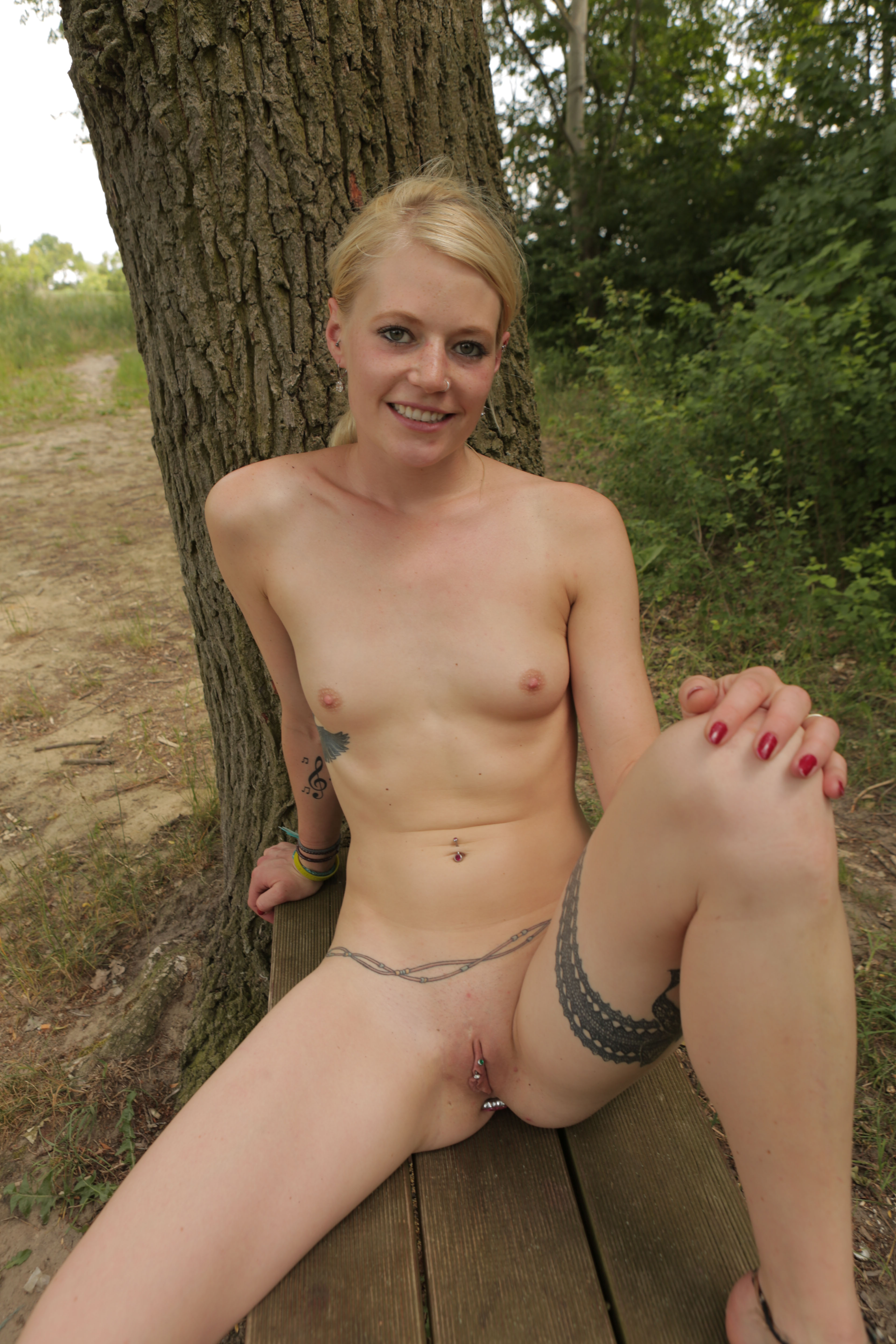 sweet redhead gir bonnie came a long way from l from australia flashing her unshaved triangle #11