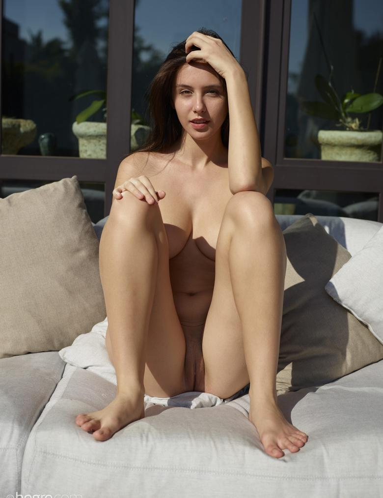 sunbathing for maigre girlfriend mika from finnland, has perfect body and pussy #6