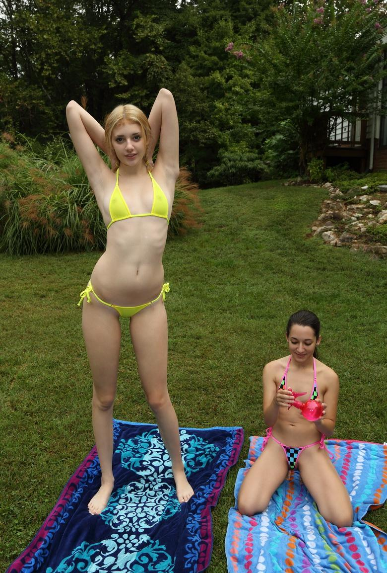 little girl and big girl picture 3