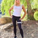 Attractive fitness mother with skintight leggings shows her pussy in the forest picture 3