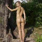 russian athletic girl nude in the forrest from hegre fantasies picture 7