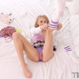 crotchless dreams with Zoe Clark picture 6