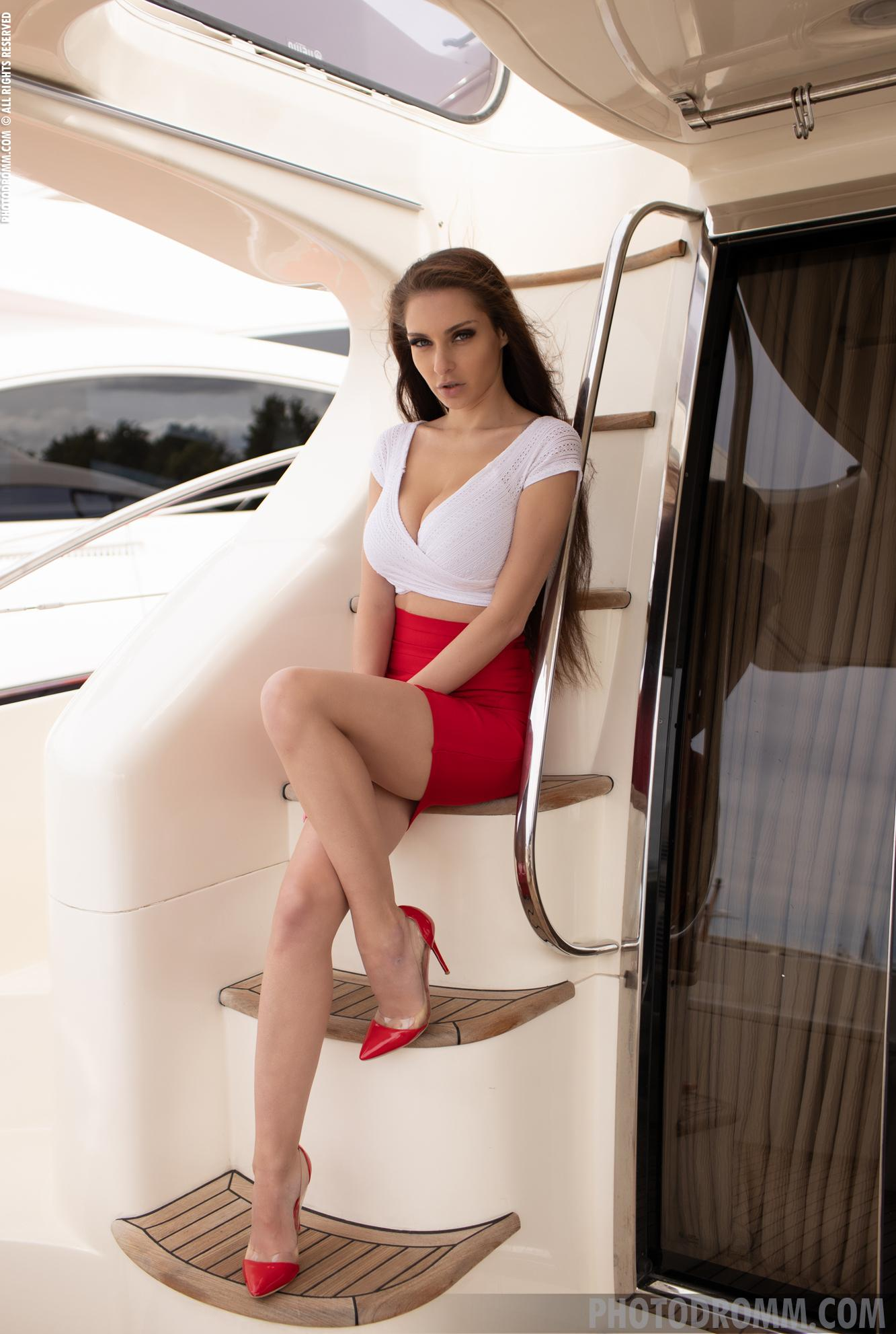 join me on my own private yacht picture 2