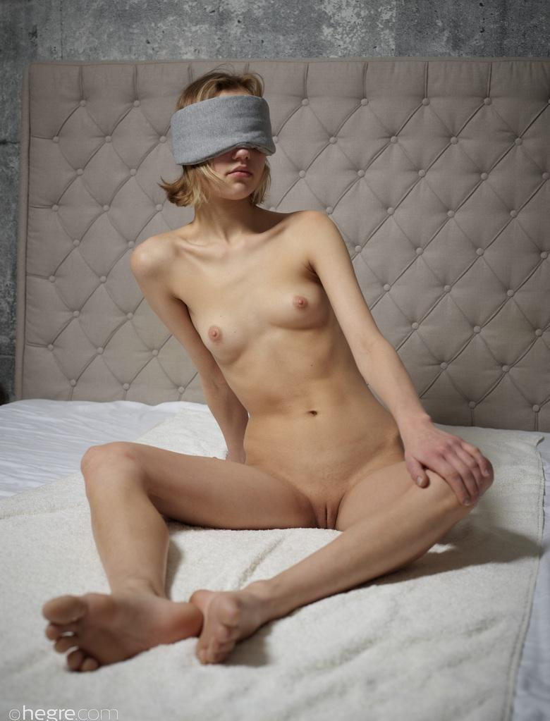 blinded by love - lotta from hegre picture 2